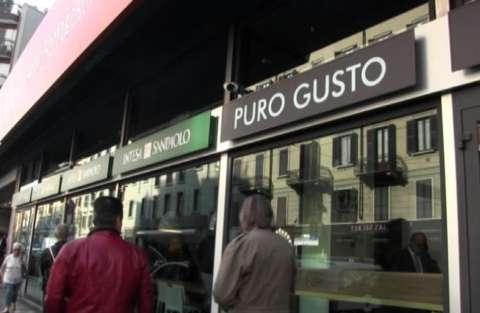 5d7d60bc59 11 ottobre 2017 - Per la prima volta in Italia uno store Puro Gusto,  marchio di Autogrill evoluzione del bar tradizionale verso il coffee shop  all'americana ...