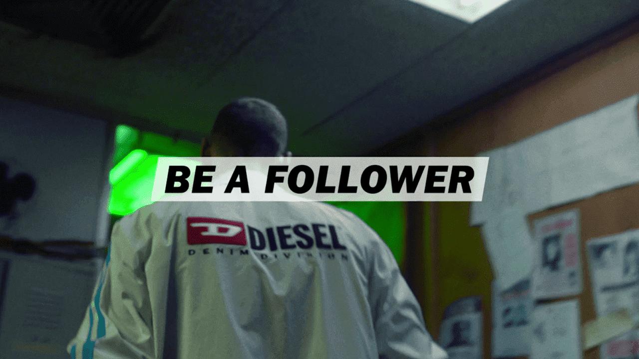 superior quality 2da92 a9cea ... i tuoi follower che contano di più. Per mostrare perché è meglio essere  un follower, sono stati creati altri contenuti video, diretti da Ali Ali con  la ...
